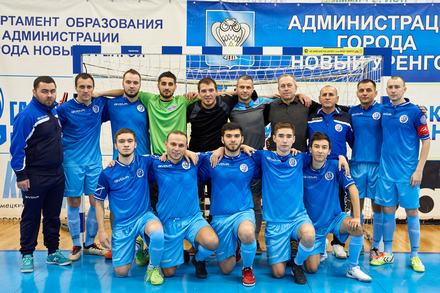 The team of SNGP-Sever held another game of the 10th New Urengoy Championship in futsal with the Gryphon team